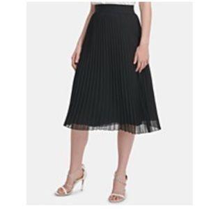 City DKNY Black Pleated Business Classy Skirt Silk